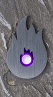 LED, umrandet von einer Metallplatte in Flammenform