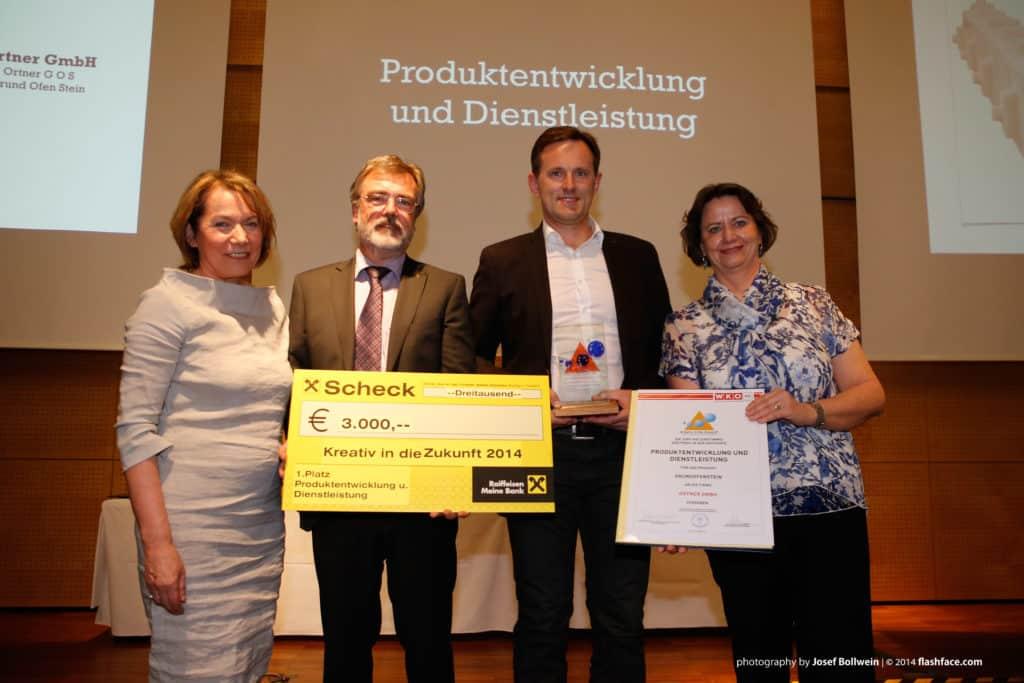 """Verleihung des """"Kreativ in die Zukunft 2014 Preis"""" an ORTNER Geschäftsführer DI Manfred Huber."""